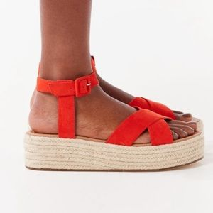 5592b0fb4cf Urban Outfitters Shoes - UO Cora Flatform Espadrille Sandal (NEVER WORN)